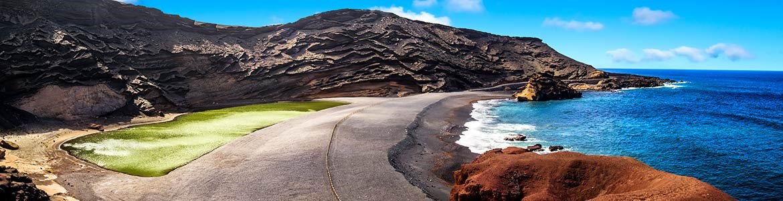 Charco de los clicos (Lagune verte), El Golfo, location de voitures à Lanzarote